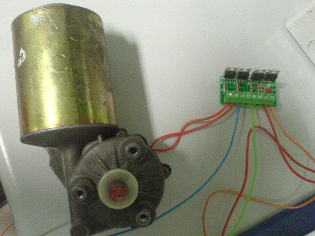 Ponte_H_collegato_motore