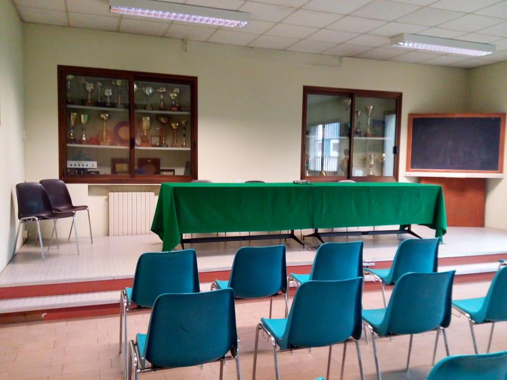 sala riunioni 4